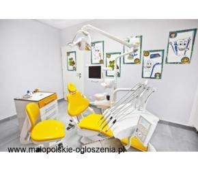 Czyszczenie zębów z osadów - higienizacja zębów Kraków - Dentamax